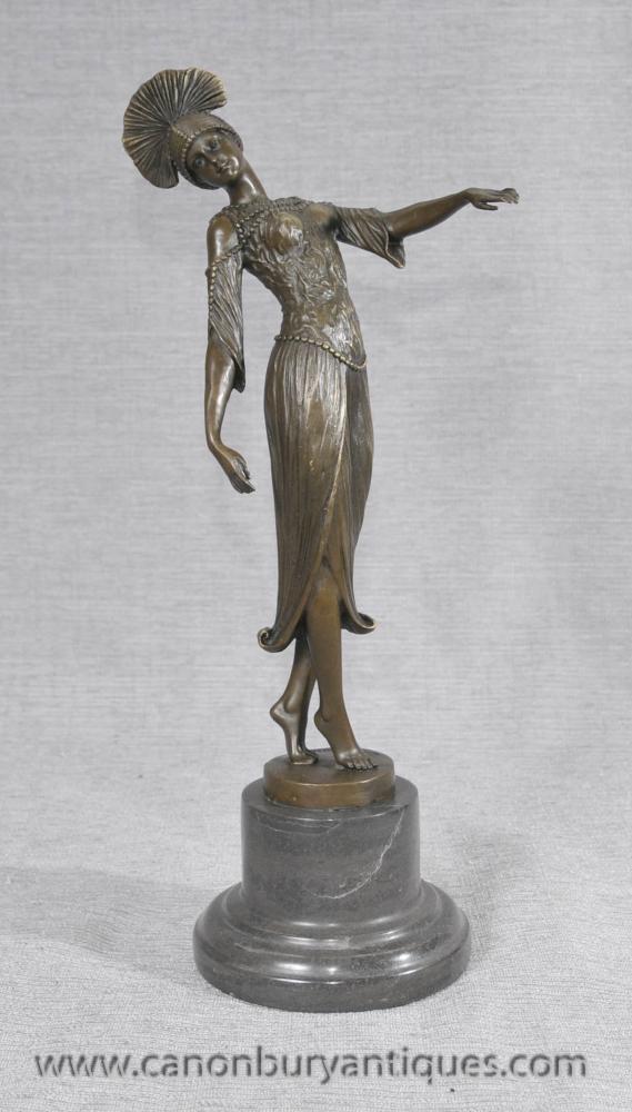 Elegantes Art Deco Bronze Flapper von DH Chiparus Statue
