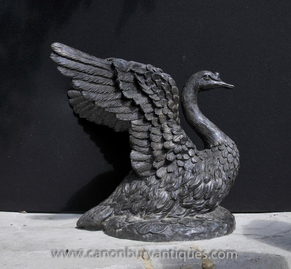 Große Bronze Swan Statue English Garden Königsvogel Swans