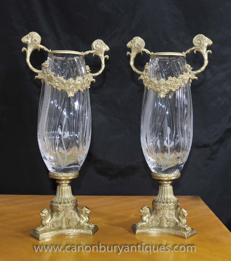 Paar Französisch Reich Glasschliff Vasen Urnen Ormolu Fixtures
