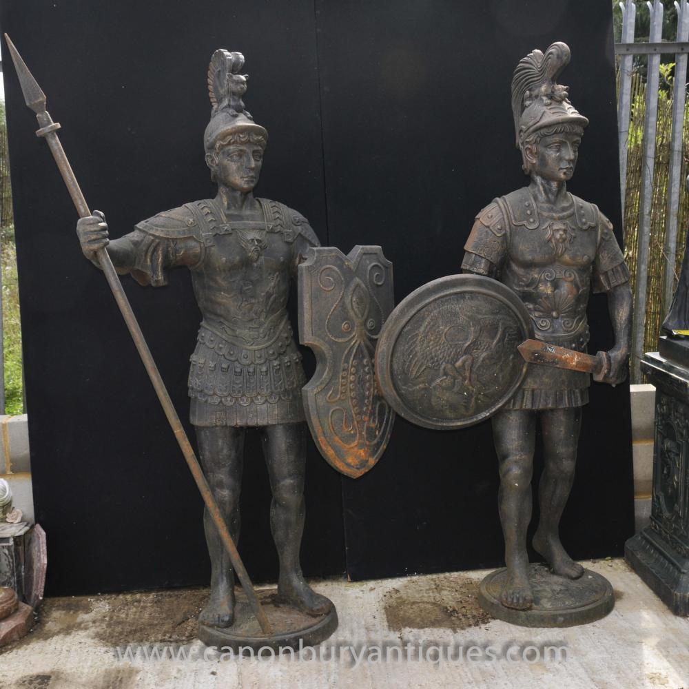 Pair Lifesize Cast Iron römischer Gladiator Statuen Centurion