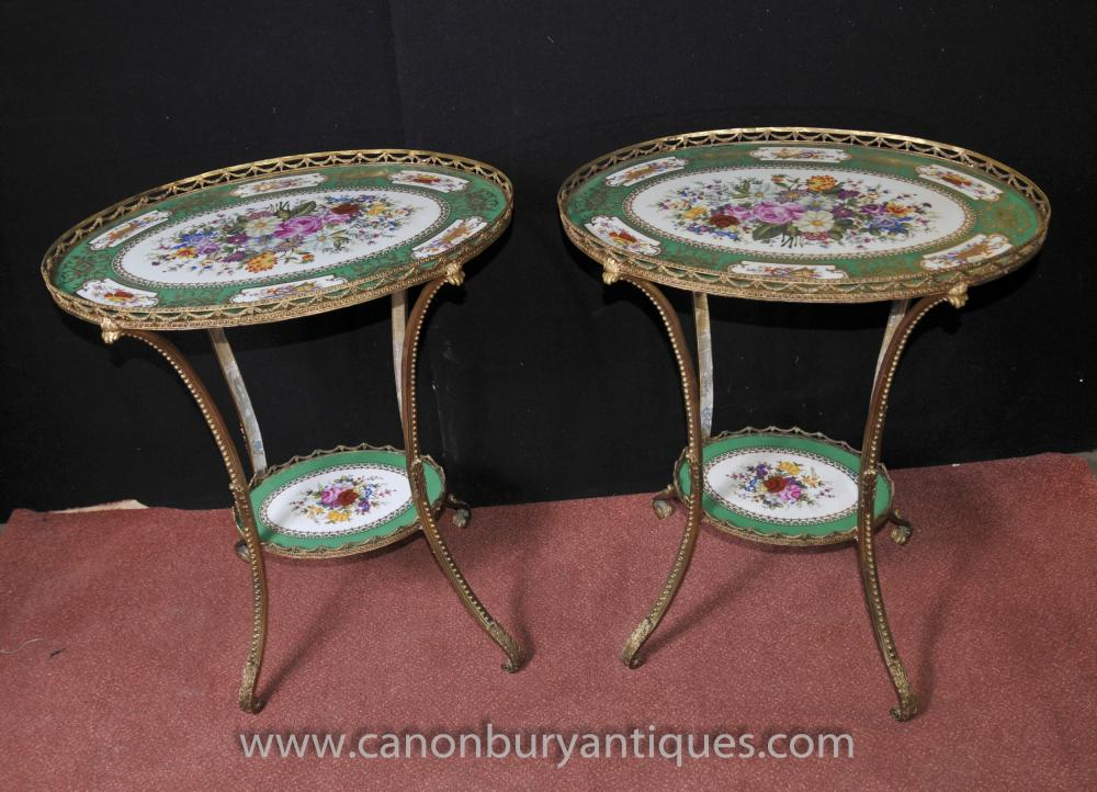 Pair Sevres Porcelain Ormolu Side Cocktail Tische Blumenoberteile