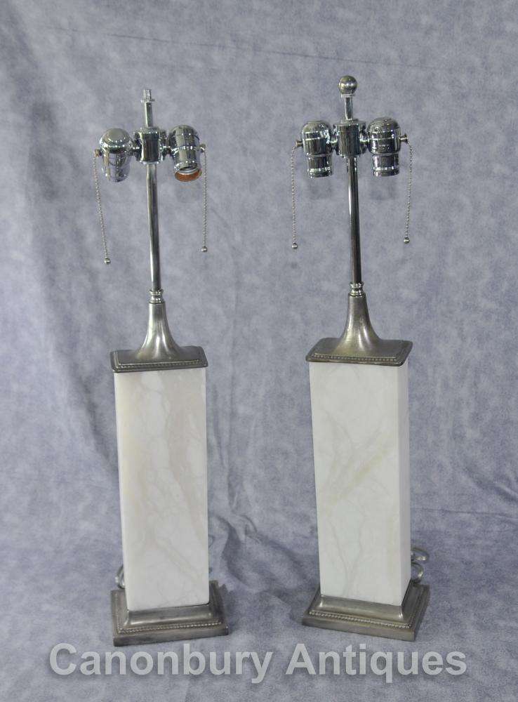 Art Deco Paar Bronze und Alabaster Tischleuchten Leuchten