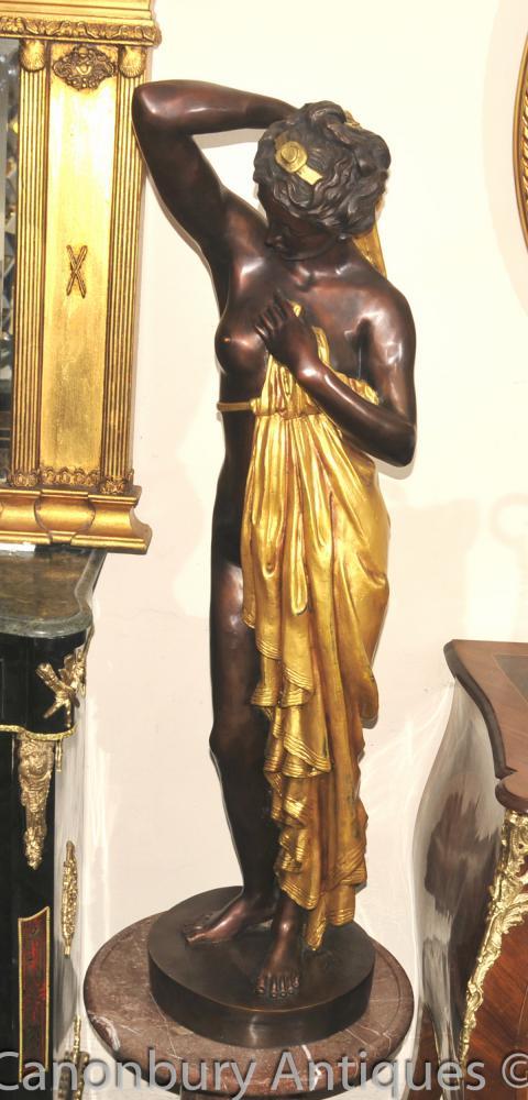Große Französisch Bronze Semi Nude Maiden Figur Statue