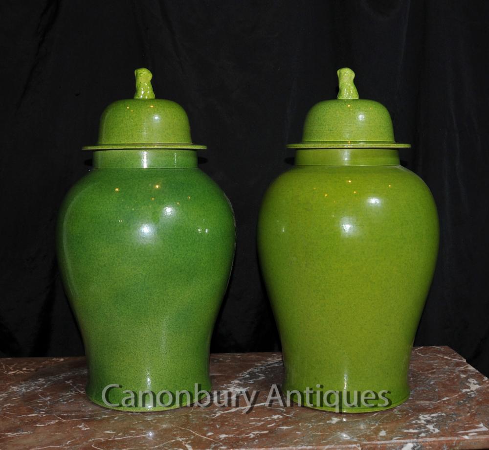 Paar Chinesisches Porzellan Ingwer-Gläser Lidded Urnen Vasen