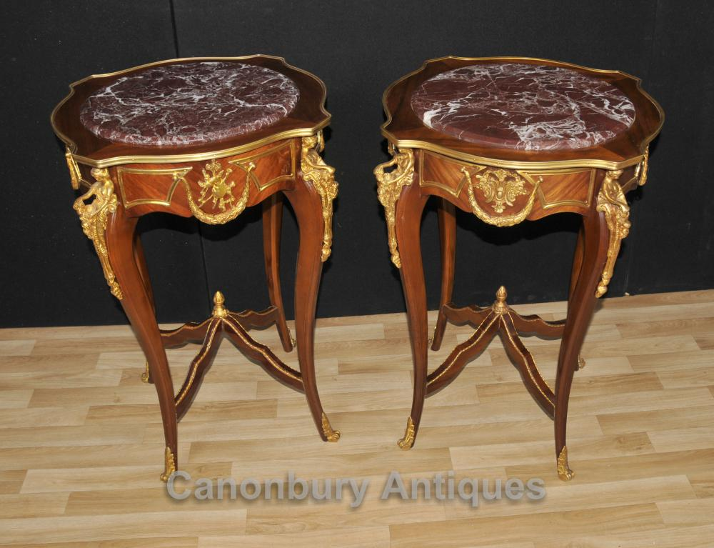Paar Louis XVI Beistelltische Ormolu Maiden Leg Mounts