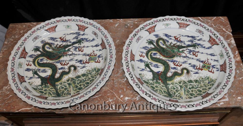 Paar chinesische Qianlong Porzellan Drachen Teller Plaques Keramik China