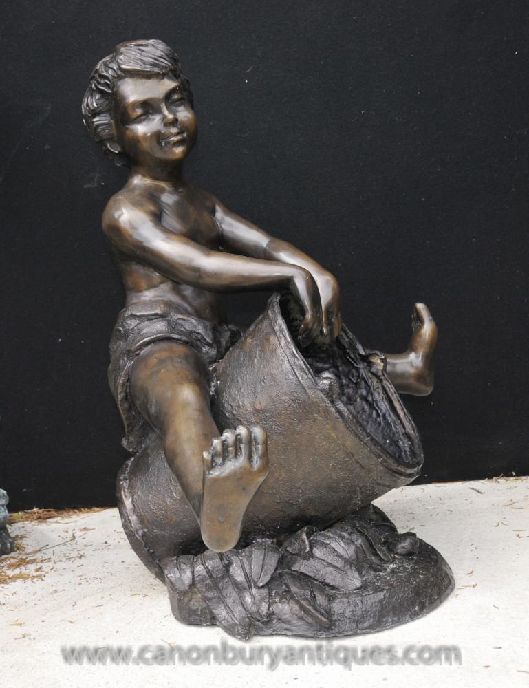 Kleinere Bronze Brunnen