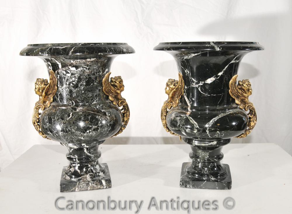 Paar Französisch Reich Black Marble Campana Urnen Cherub Griffe