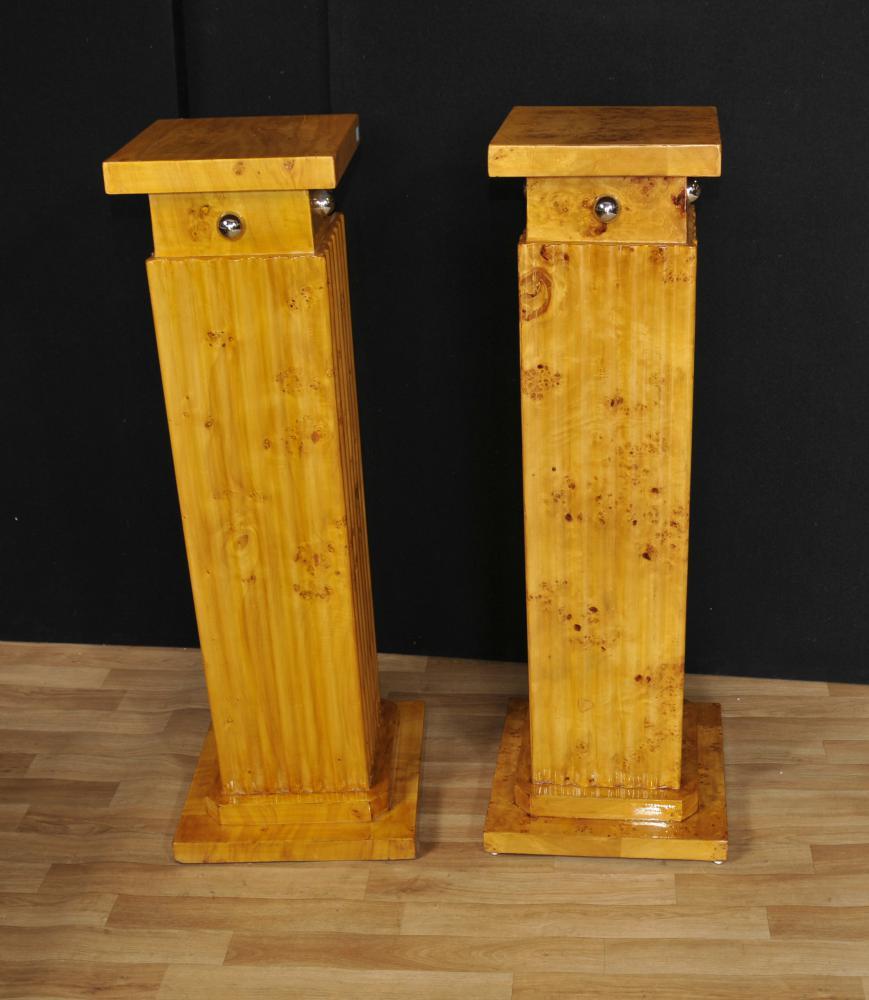 Paar klassische Art-Deco Pedestal Plinth Spalten Tabellen