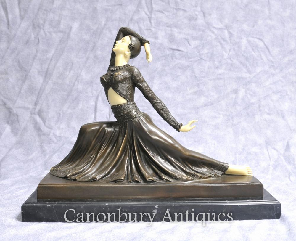 Art Deco Bronze Figürlich Clara von Chiparus Statue