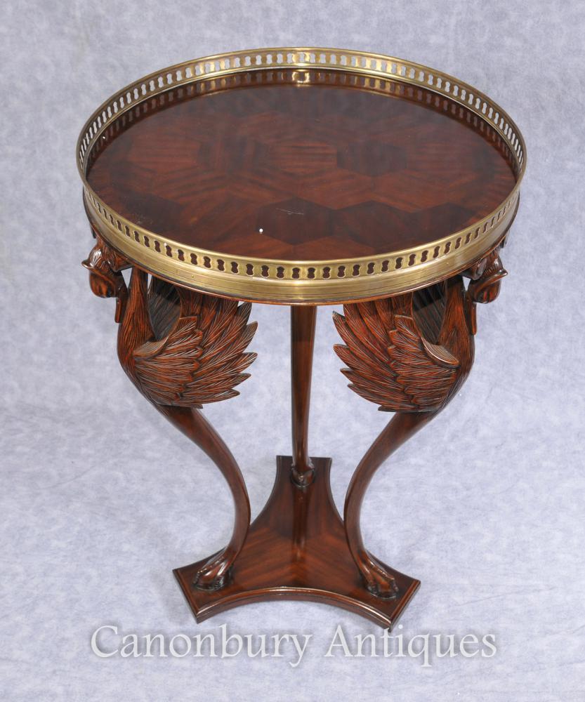 Französische Empire Crane Beistelltisch Bird Cocktail Tables