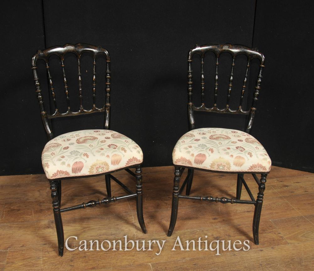Paar Antike chinesische Black Lacquer Esszimmerstühle Spindel Zurück