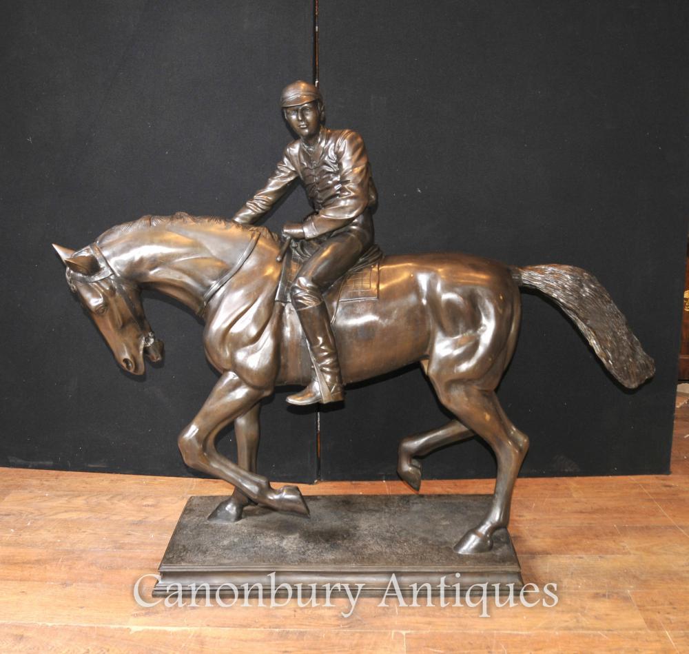 Restauriertes Französisch Bronze Pferd und Jockey Statue signiert