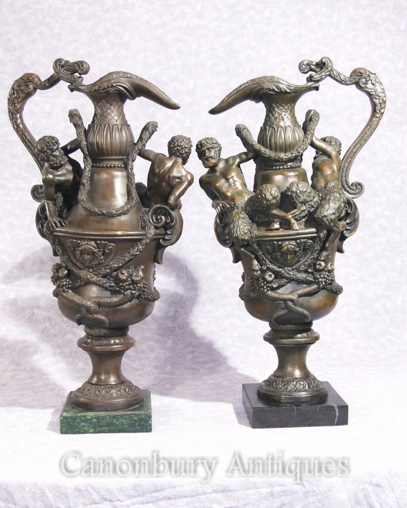 Paar Französische Bronze Krüge Krüge Klassische Fawn Urnen Gläser