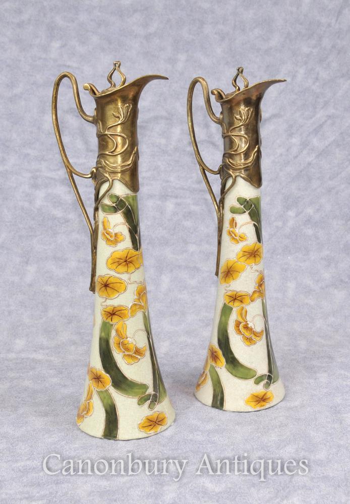 Paar Kunst Nouveau Porzellan Krüge Dekanter Blumenmotive