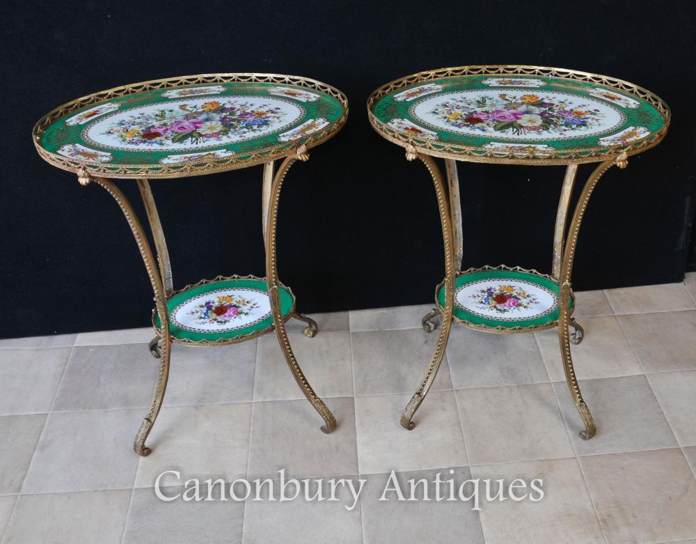 Paar Sevres Porzellan Ormolu Oval Seite Cocktail Tische Floral Tops