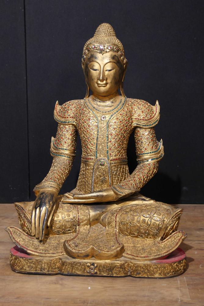 Antike nepalesische Buddha-Statue Geschnitzte hölzerne Buddhismus-buddhistische Kunst