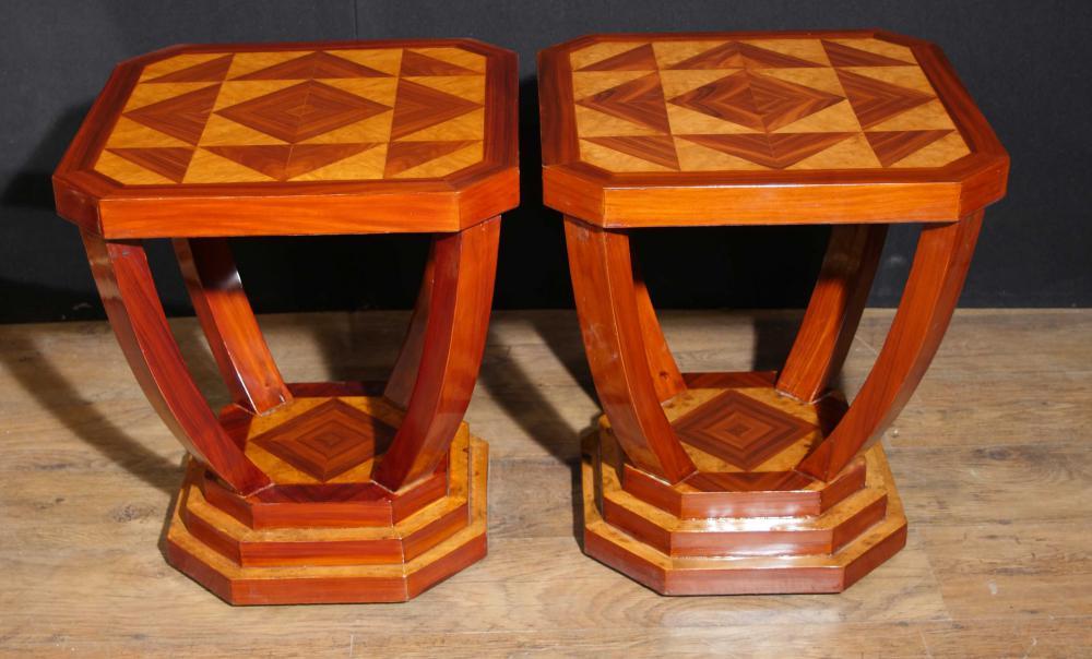 Paar Art Deco Beistelltische Lozenge Inlay