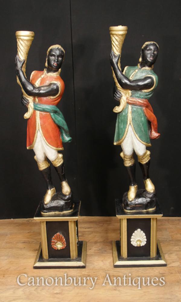 Paar Italienische venezianische Blackamoor Figuren gemalt Circa 1930 Torcheres