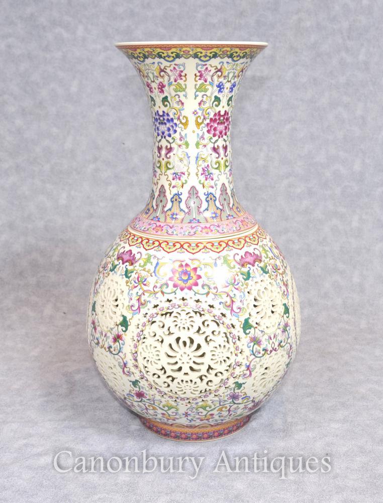 Einzelne chinesische Famille Rose Porzellan Vase Rose Reticulated