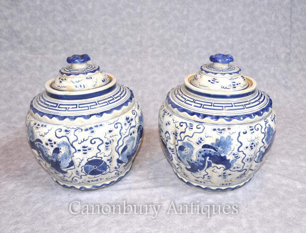 Paar Kangxi Keramik Lidded Urnen Vasen Töpfe chinesische blaue und weiße Porzellan
