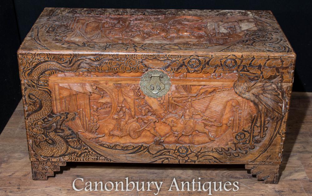 Antike chinesische Hand geschnitzte Camphor Chest Trunk