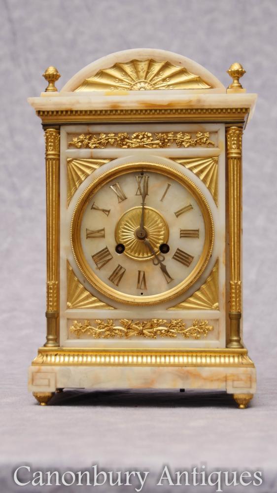 Antikes französisches Reich Onyx Ormolu Wagen Uhr Zeit