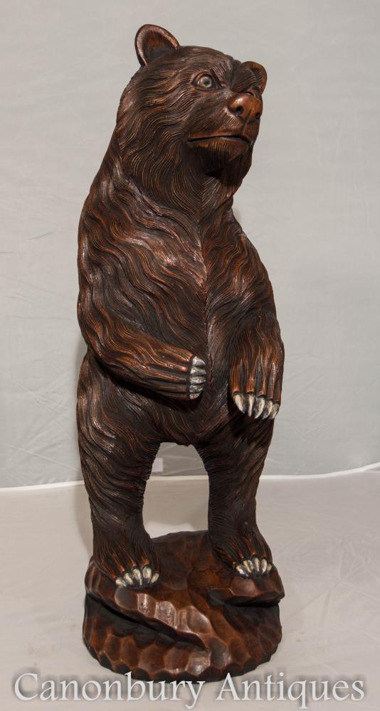 Handgeschnitzte deutsche Schwarzwaldbär-Statue