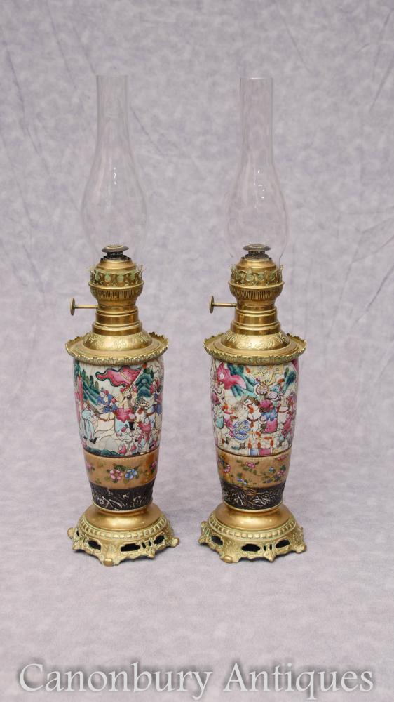 Paar Antike chinesische Kantonesische Porzellan Öl Lampen Ormolu Mounts Kanton Tisch Licht