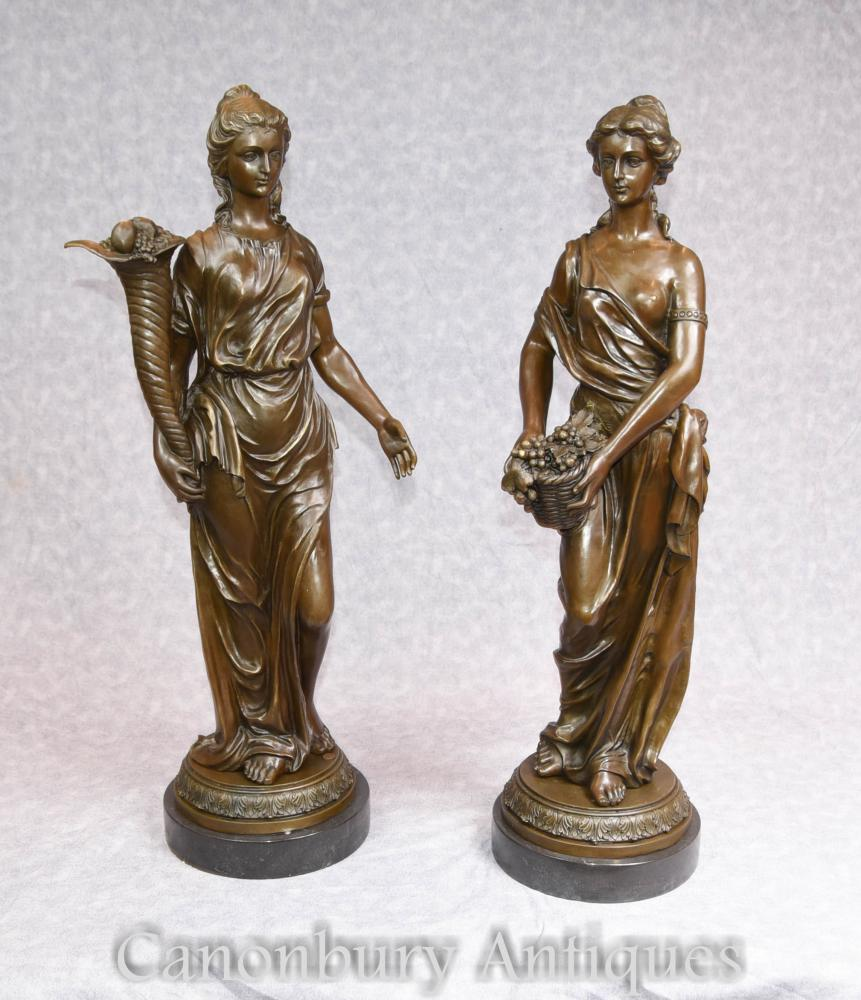 Paar Französische Bronze Weibliche Maiden Statuen Signiert Milo Klassische Römische Toga
