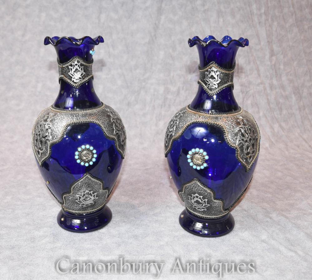 Paar Cobalt Loetz Glas österreichische Vasen Urnen mit silbernen Plattenhalterungen