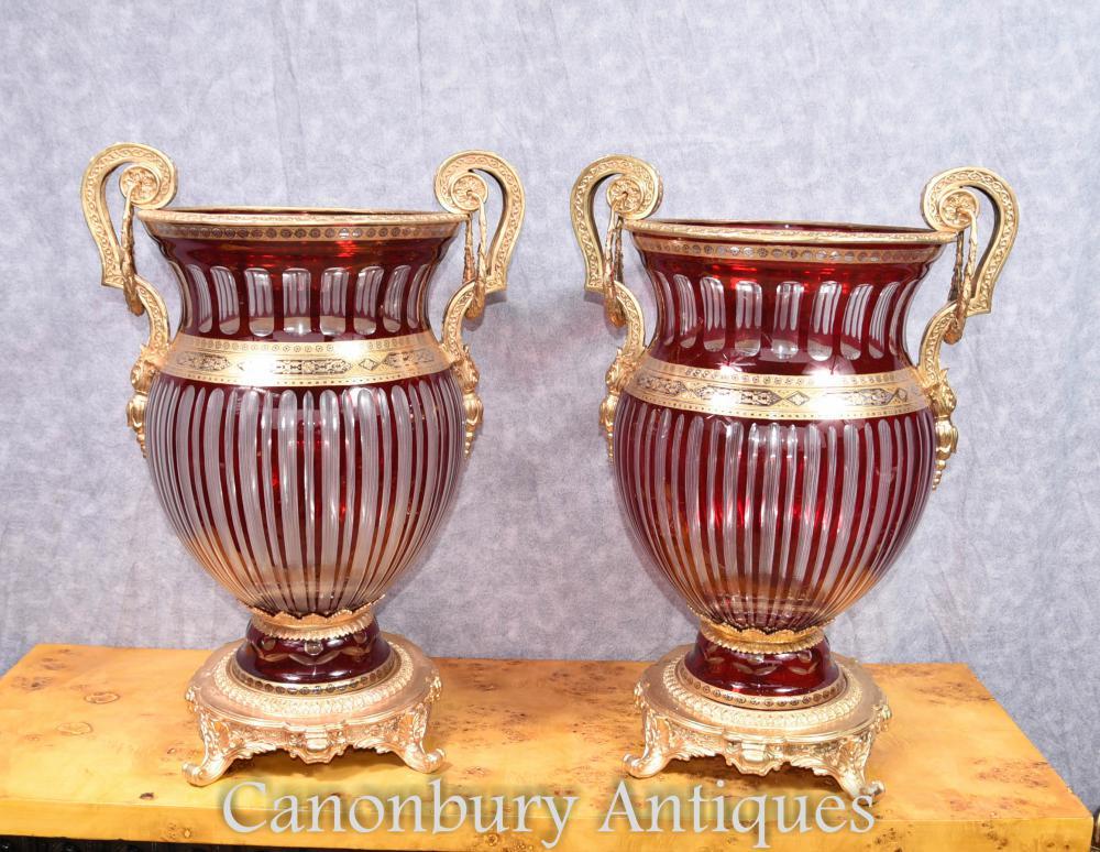 Paar Ruby Red Französisch Cut Glas Urnen Vasen Pflanzer Ormolu Fixtures