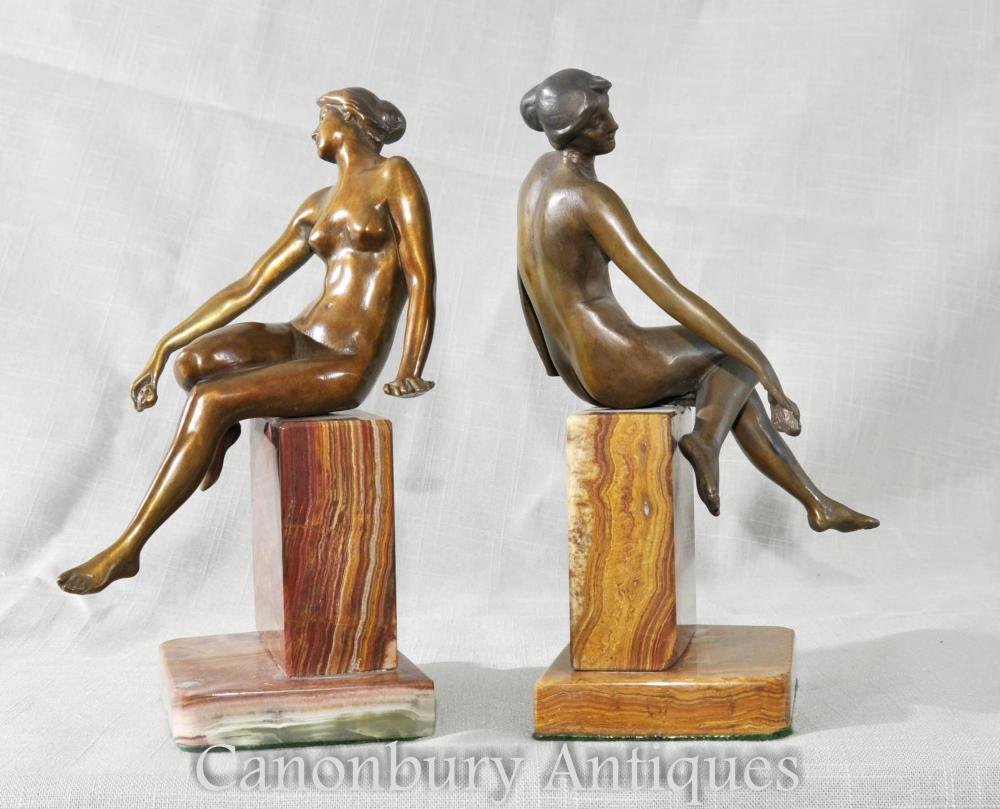Paar Art Deco Weibliche Figur Buchstützen Skulpturen Statuen Marmor