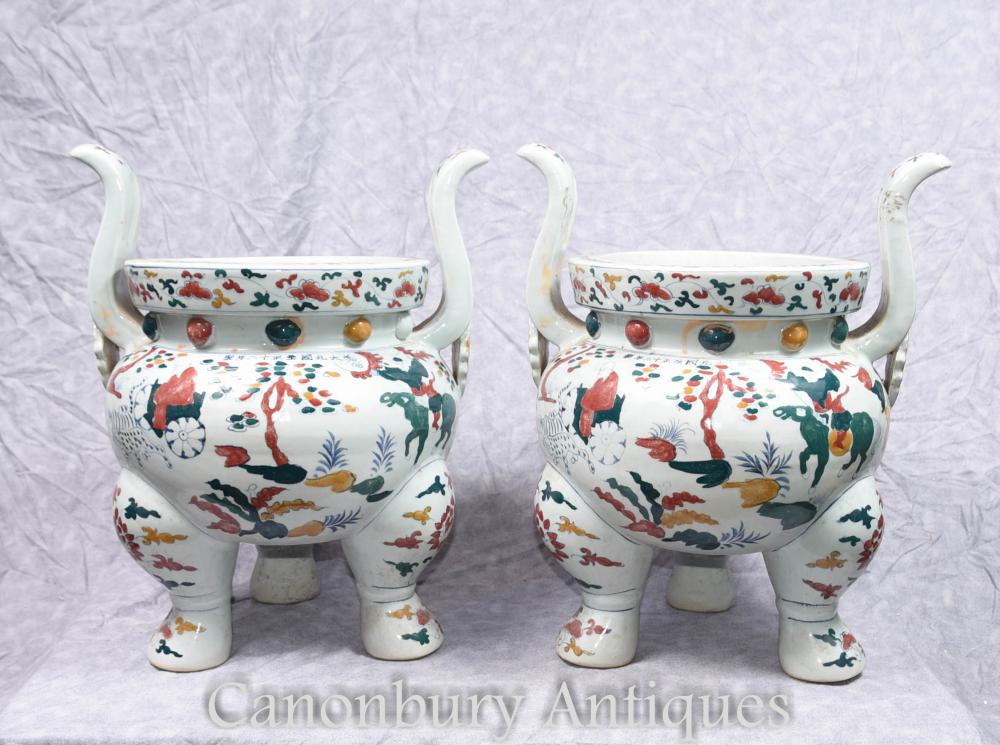 Pair chinesischen Qianlong Porzellan Tempel Jar Pflanzer Räucherstäbchen