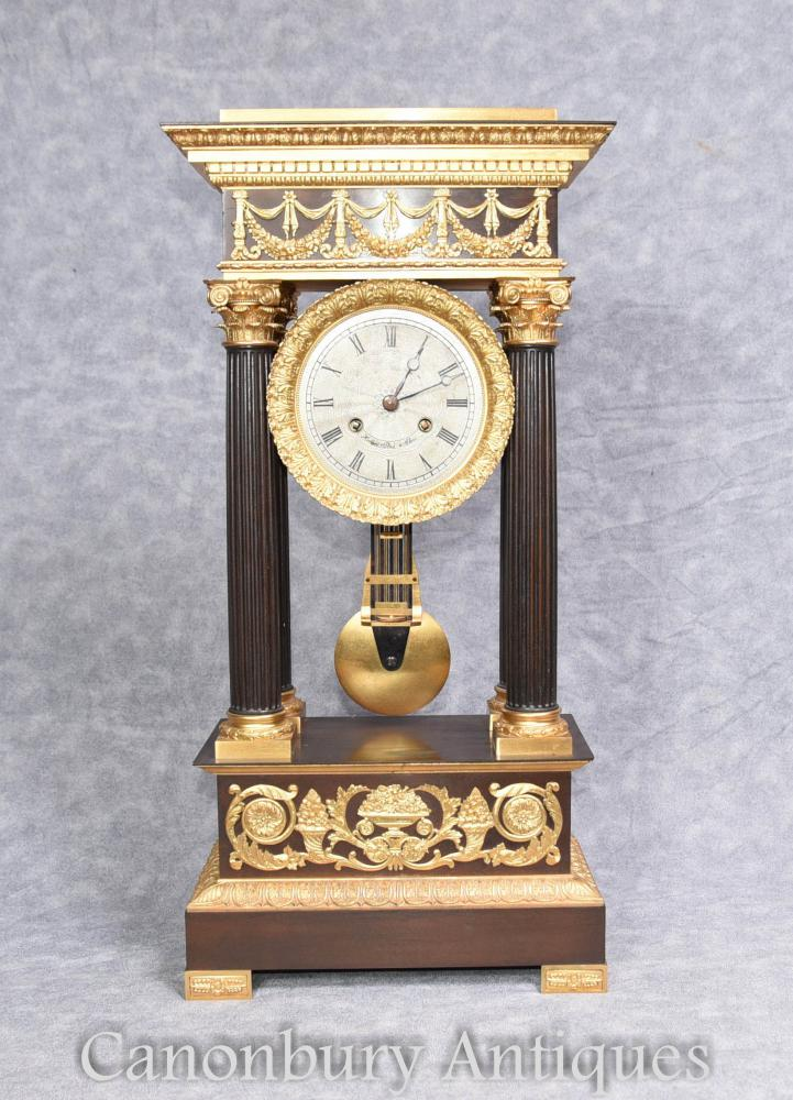 Antike französische Reichsmanteluhr Ormolu von Honore Pons 1810