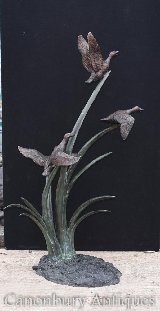 Große Bronze-Gänse-Brunnen-Garten-Wasserspiel-Statue-Enten-Vögel