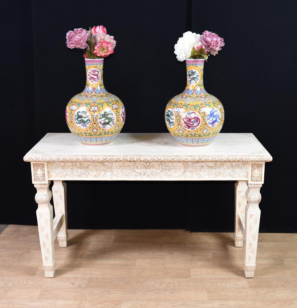 Hand geschnitzt chinesische Knochen Konsole Tabelle China Interiors