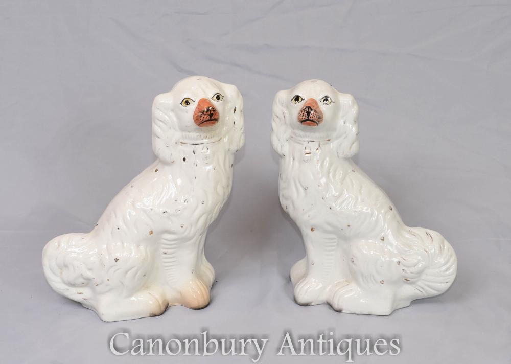 Paar Staffordshire Porcelain Hunde Circa 1860 antike Keramik