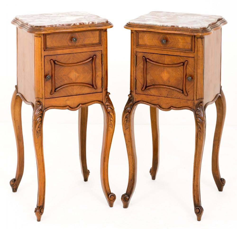 Paar Walnuss Französisch Nachttisch Schränke Nachttische