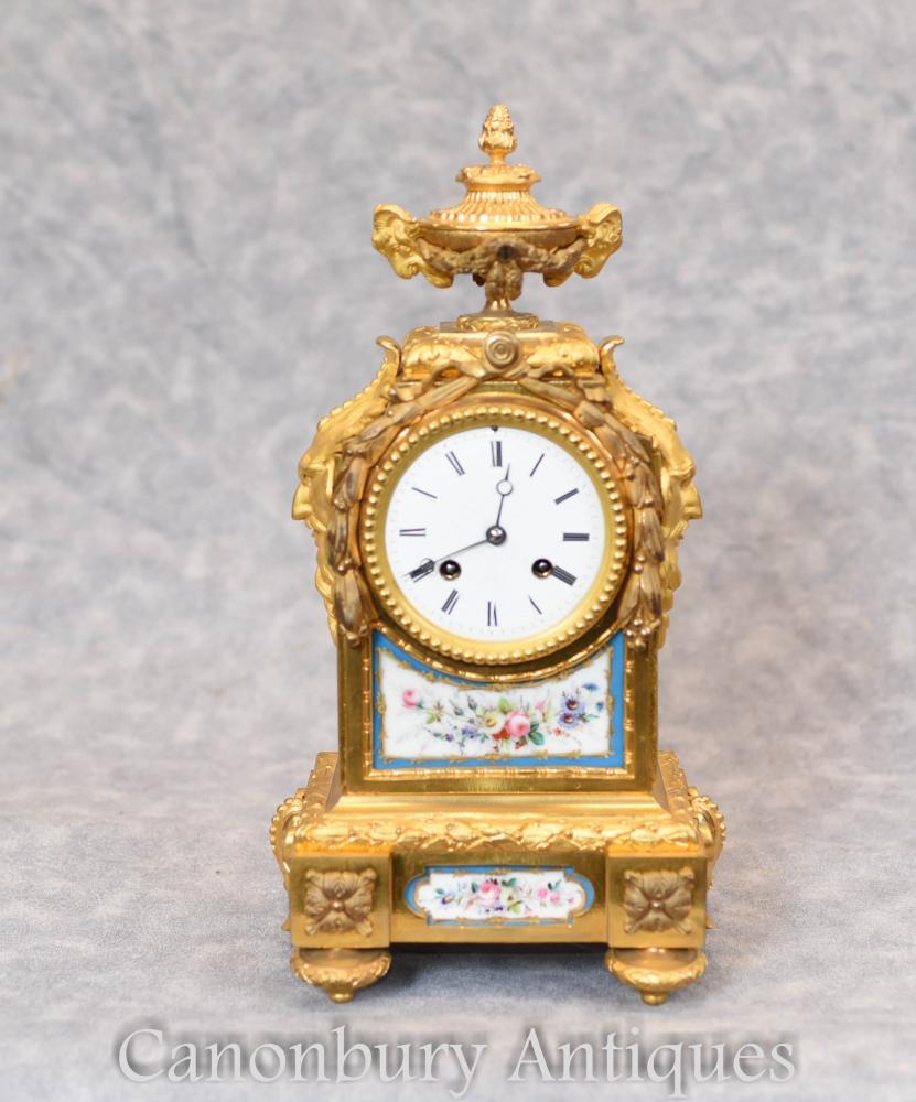 Französisches Reich vergoldete Umhang Uhr Sevres Plaques