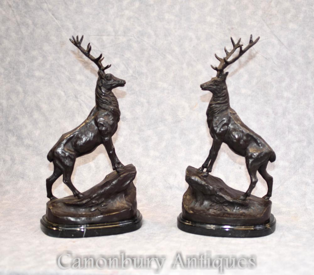 Paar französische Bronze Hirsch Statuen signiert Moigniez