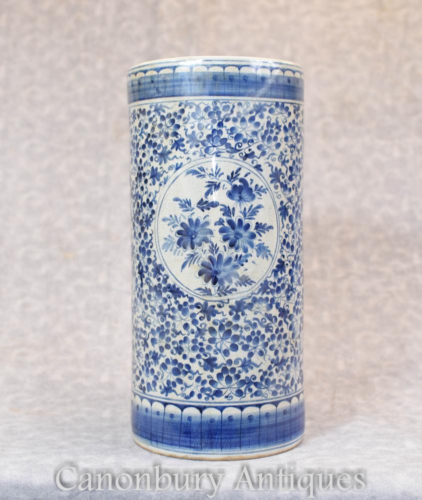 Chinesische blaue und weiße Porzellan Ming Urn Vase Schirmständer