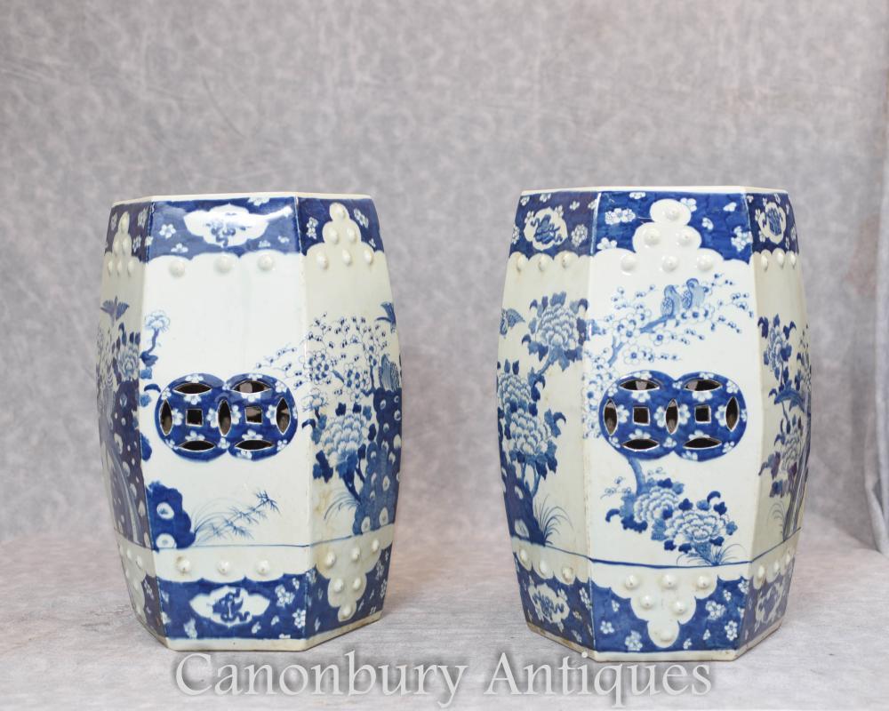 Paar chinesischen blauen und weißen Porzellan Garten Sitze Ming